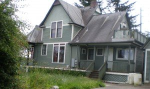 Overhulse House
